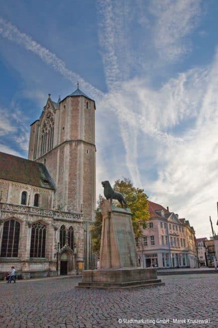 Der Bronzene Löwen auf dem Burgplatz – das Wahrzeichen der Stadt Braunschweig © Braunschweig Stadtmarketing GmbH Marek Kruszewski