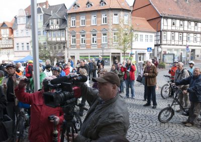 Städtepartnerschaftsradweg Vor dem Rathaus